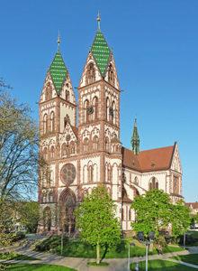 Herz-Jesu-Kirche_Freiburg